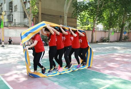 济南天桥区举办首届社区趣味运动会