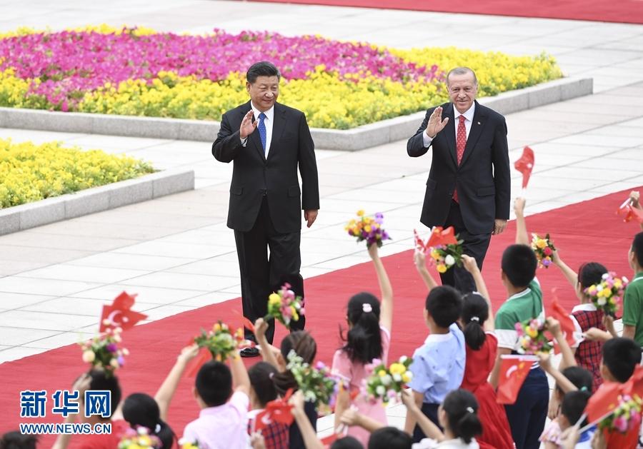 習近平国家主席「『一帯一路』と『中間回廊』の連携を加速」