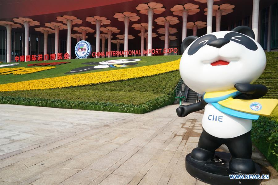 Photo shows Jinbao, mascot of the China International Import Expo (CIIE), at the south square of the National Exhibition and Convention Center (Shanghai), a main venue for the second CIIE, in Shanghai, east China, Nov. 4, 2019. The second CIIE is scheduled to run from Nov. 5 to Nov. 10 in Shanghai. (Xinhua/Yin Gang)<br/>