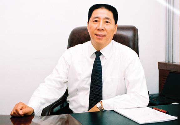 新华锦集团董事长 张建华