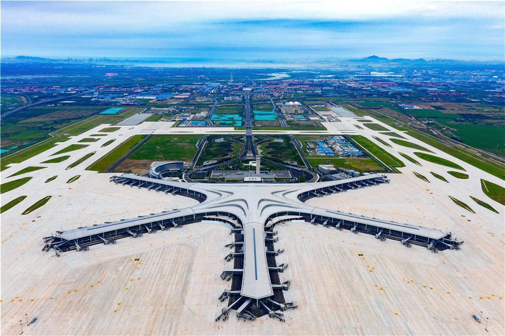 青岛胶东国际机场:万博manbetx官网手机版下载首座4F级国际机场