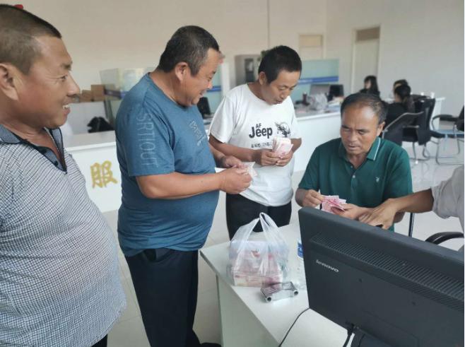 乐陵市农村产权交易平台首次网上竞拍成功