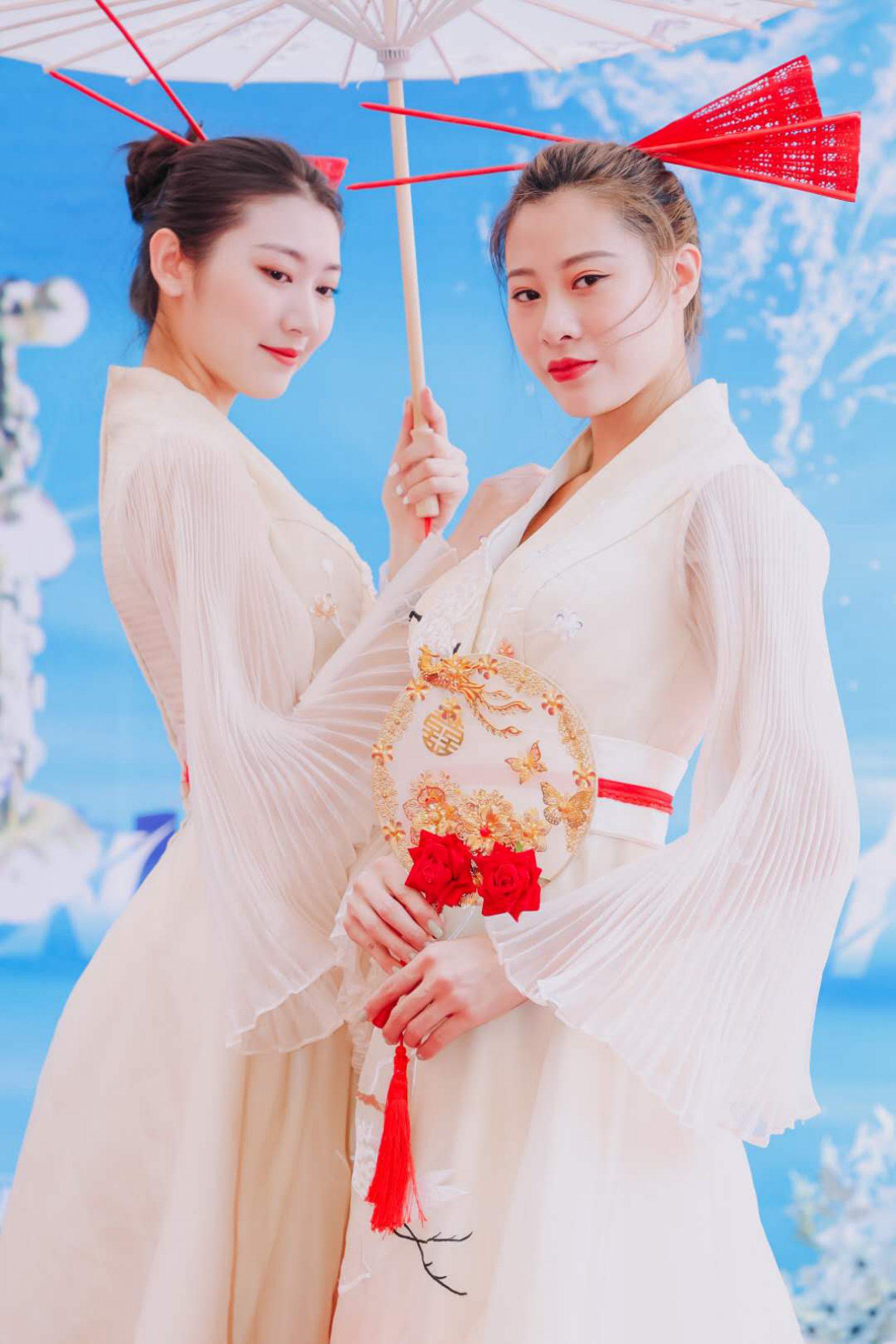 2020世界华裔小姐大赛佳丽风采之一