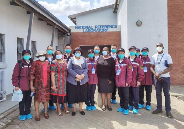 萊索托工作圓滿完成 中國抗疫專家組奔赴安哥拉